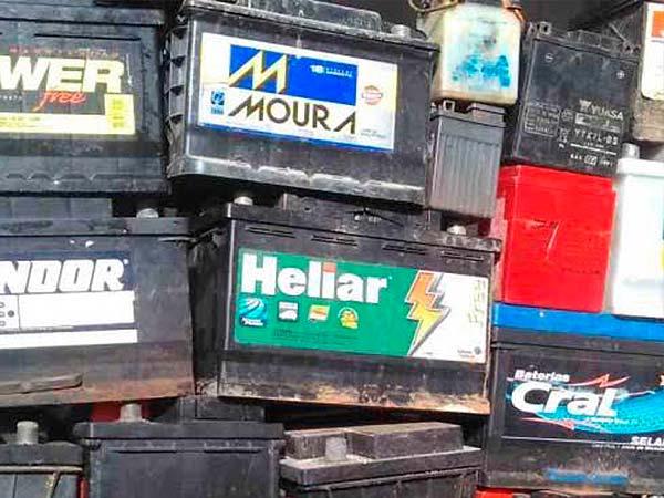 sucata de baterias