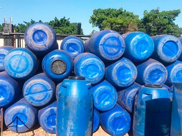 tambores de plástico